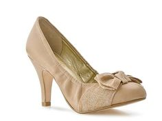 SO adorable- Seychelles Bergman Pump