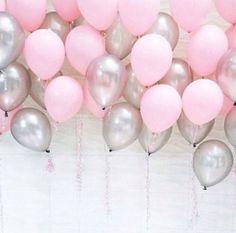 Roze en zilveren babydouche ballonnen een jaar oud door evescrafts