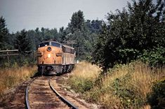 Train Car, Train Tracks, Railroad Photography, Art Photography, Beach Vacation Outfits, Railroad Pictures, Milwaukee Road, Old Trains, Train Engines