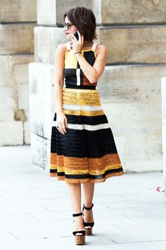 ✕ Miroslava, always so stylish—and that dress is to die for! / #style #streetstyle