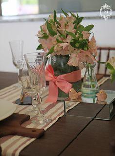 Mesa decorada para o Dia das Mães por Patricia Junqueira e menu Chef Monica Dajcz