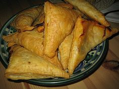 Empanadas gevuld met kip Empanadas, Tapas, Turkey, Gluten Free, Snacks, Food Ideas, Drink, Glutenfree, Appetizers