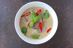Easy Thai Green Curry Recipe using my favourite ready made curry paste. Easy Thai Green Curry, Thai Green Curry Recipes, Gluten Free Rice, Gluten Free Chicken, Asian Recipes, Beef Recipes, Thai Curry Paste, Shrimp Paste, Beef Curry