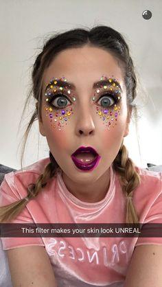 Snapchat Selfies, Funny Snapchat, Snapchat Ideas, Zoella Hair, Funny Kids Homework, Bae, Zoe Sugg, Famous Youtubers, Makeup Class