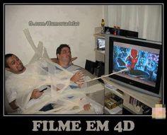 IMAGENS E FRASES E FACEBOOK: ASSISTINDO FILME EM 4D