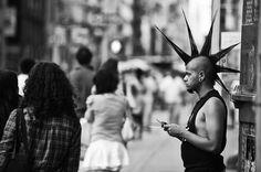 Passeggiate in bianco e nero a New York New York Street, New York City, My Black, Bored Panda, Walking, Photograph, Scene, Travel, Blanco Y Negro