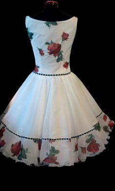 Kleider nach original 50er Jahre Schnitt von mir gefertigt Elegant Outfit, Peplum, Summer Dresses, Outfits, Tops, Design, Women, Fashion, The Fifties