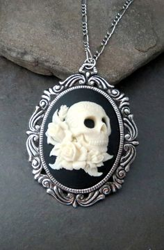 Handmade Oxidized Silver Skull And Roses Cameo Necklace #skull #roses #jewelry