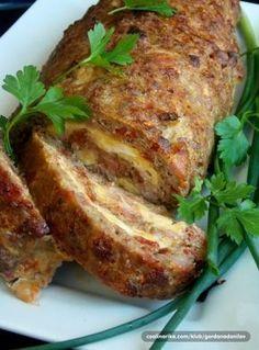 Najsočniji rolat od mesa — Coolinarika - My site Meat Recipes, Appetizer Recipes, Chicken Recipes, Cooking Recipes, Delicious Appetizers, Bosnian Recipes, Croatian Recipes, Minced Meat Recipe, Musaka
