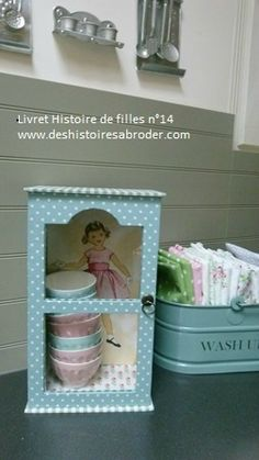 Chabby Chic, Shabby, Covered Boxes, Fabric Covered, Scrapbook, Home Crafts, Toy Chest, Decoupage, Projects To Try