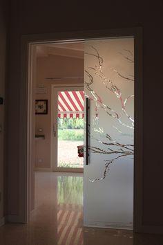 Casali porte in vetro sabbiate incise dipinte modello - Casali porte scorrevoli prezzi ...