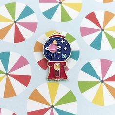 The mysteries of the universe all in one gumball machine. Who knew? • This is a tiny pin, 27mm (H) x 15mm (W) • Gold plating • Black rubber clutch SHIPPING ------ All items are shipped from Singapore via normal mail within 3 to 5 working days after payment. Every pin is fastened onto a