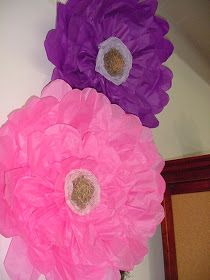Diy instructions for making this large 32 hanging tissue paper designs by laura vintage finds diy large tissue paper flower mightylinksfo