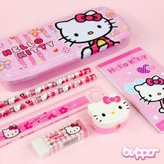 This cute Hello Kitty school set includes everything you need for your school day! Metal pencil case, two pencils, a sharpener, an eraser, a ruler and a timetable card, all decorated with the cute Hello Kitty!