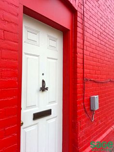 Have you seen this red wall and white door with a firefly knocker in Summerhill, Toronto? Red Walls, White Doors, All The Colors, Toronto, Door Handles, Red And White, The Neighbourhood, Ivory, Real Estate