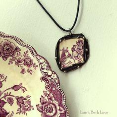Broken china jewelry pendant necklace by dishfunctionldesigns @beighlybug