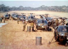 African Militaries/ Security Services Strictly Photos Only And Videos Thread - Foreign Affairs - Nigeria Military Guns, Military Photos, Military Art, Military History, South African Air Force, World Conflicts, Royal Australian Navy, Defence Force, Army Vehicles