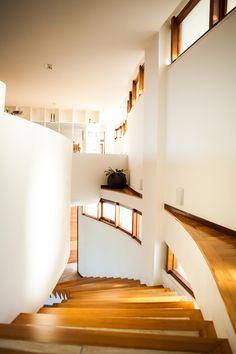 Residência JM - Juiz de Fora, Minas Gerais / Mascarenhas Arquitetos Associados #escada #stair #arquitetura #architecture