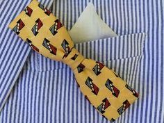 Vintage bow tie, skinny clip back bow tie, vintage wedding, retro bow tie, geometric, mad men mud century modern, geek nerd, 1950's bow tie, by three20sycamorelane on Etsy https://www.etsy.com/listing/252586694/vintage-bow-tie-skinny-clip-back-bow-tie