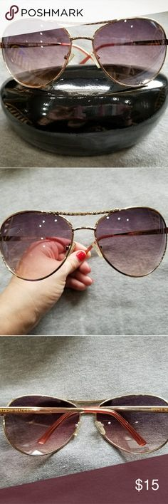 """💖Steve Madden💖Aviator Sunglasses Almost NEW!!! Steve Madden Aviator Sunglasses Almost NEW!!! Rose gold. Beautiful detail with rhingstones above the bridge. No scratches.  No original case.  Eye size 2.5"""" Bridge 0.7"""" Temple length 4.8"""" Lens height 2.2""""  🚫NO LOW OFFERS PLEASE!!!🚫 ⚠️Price is already reduced⚠️ ❌No trades❌ Steve Madden Accessories Sunglasses"""