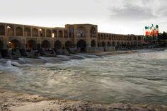 isfahan pont khaju