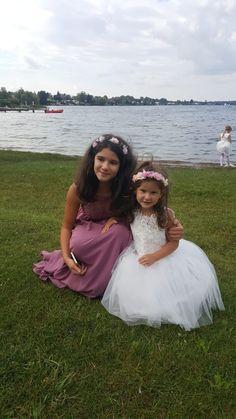 Girls Dresses, Flower Girl Dresses, Crown, Wedding Dresses, Fashion, Dresses Of Girls, Bride Dresses, Moda, Corona