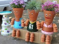 These flower pot people are easy to make and you can let your creativity run wild. Once you start make one, you never know how it's going to end up..