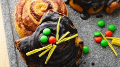 Cinnamon Roll Halloween Cats - Perfect for a kids Halloween party- these grey cats taste great.