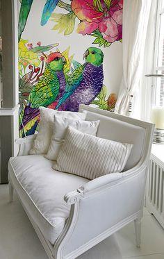 Parrot Wallpaper by Fototapeta4u.pl