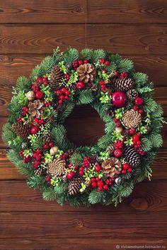 Christmas Wreath Making 2018 Edinburgh Christmas At The White House! All Things Christmas, Christmas Home, Christmas Holidays, Pine Cone Decorations, Christmas Decorations, Christmas Ornaments, Holiday Wreaths, Holiday Crafts, Holiday Decor
