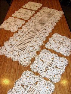 Easy Crochet Table Runner Free To Print Crochet Table