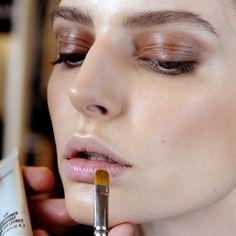 neutral makeup with subtle sheen