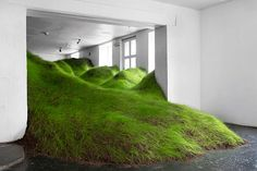 "The artist Per Kristian Nygård has filled Noplace gallery in Oslo, Norway, with a gigantic cascading green grass landscape. The site-specific sculpture is entitled ""Not Red But Green"" Instalation Art, Olafur Eliasson, Cultural Architecture, Green Art, Museum Of Modern Art, Art Plastique, Sculpture Art, Metal Sculptures, Abstract Sculpture"