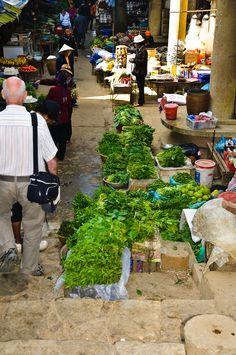 Market in Sapa_ Vietnam