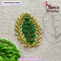 Hand Embroidery Patterns Flowers, Basic Embroidery Stitches, Hand Embroidery Videos, Hand Embroidery Flowers, Hand Embroidery Tutorial, Creative Embroidery, Simple Embroidery, Sewing Stitches, Silk Ribbon Embroidery