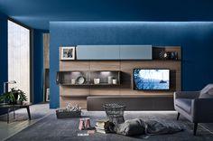 Die moderne Wohnwand von Livitalia in natürlich frischer Farbe.  #Wohnwand #Livitalia #wallsystem #wallunit #Wohnzimmer #livingroom #blau #blue #tv #lowboard #inspiration #interior #einrichten #einrichtung #wohnen #home #interiordesign #interiordecorating