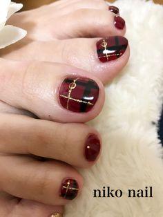浜松市 中区 自宅ネイルサロン nico nail ニコネイル:シックな大人チェック柄フットネイル Japan Nail Art, Feet Nails, Toenails, Toe Nail Designs, Toe Nail Art, Nail Trends, Manicure And Pedicure, Nail Inspo, Make Up
