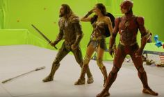 Video Delivers A Behind-The-Scenes Look At 'Justice League'