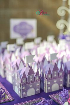 Favors at a Princess Party #princess #partyfavors