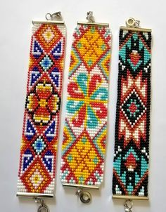 Loom Beading, Beading Patterns, Beaded Choker Necklace, Beaded Bracelets, Bead Crafts, Diy And Crafts, Rooster Art, Beadwork Designs, Nativity