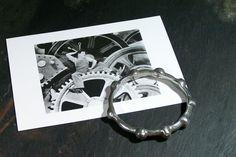 Bracelet crénelé maillechort circa 1970 vintage cercle  roue dentée métal martelé massif de la boutique MyFrenchIdeedAntique sur Etsy
