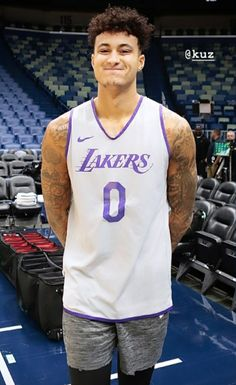 Basketball Baby, Basketball Players, Kelly Oubre, Kyle Kuzma, Man Crush Everyday, Nba Players, Fine Men, Los Angeles Lakers, Grunge Outfits