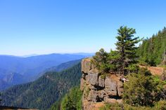 This unforgettable hike in Oregon will drop your jaw.