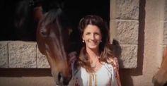 Su querido caballo muere sin dar a luz. Cuando el veterinario muestra el ultrasonido quedó en shock