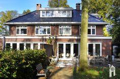 Brummelhuis, klassiek buiten, modern binnen, 2 onder 1 kap - Eigenhuisbouwen.nl