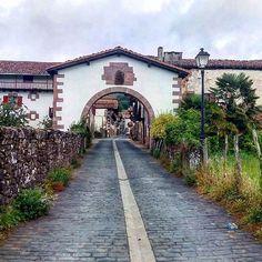 Amaiur / Maya, en el valle de Baztán (Foto txewaka en #Instagram) --> http://www.turismo.navarra.es/esp/organice-viaje/recurso/Localidades/1837/AmaiurMaya.htm