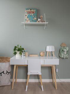 Barnrum, kidsrrom, skrivbord, tant johannas gröna Victorialenefors.se