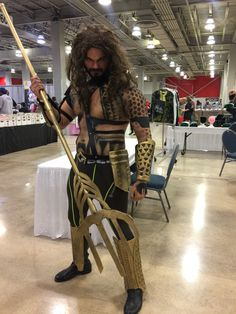 Amazing #Aquaman #Cosplay at #UltraCon in #Miami on the #CWBT #Colorworld #ConLife #DC #JusticeLeague  http://ColorworldBooks.com/