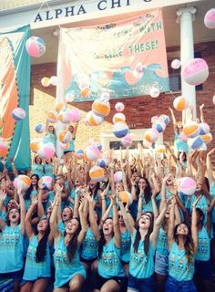"Alpha Chi Omega Bid Day 2014 ""Life's a breeze with sisters like these!"""