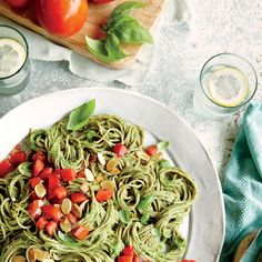 Move over, pesto: You're not the only sauce worth going green for. Pureed avocado makes this dish positively irresistible. Garnish with extra basil leaves, if desired.View Recipe: Spaghetti with Spinach-Avocado Sauce Cooking Light Recipes, Easy Pasta Recipes, Spaghetti Recipes, Dinner Recipes, Pasta Meals, Meal Recipes, Dinner Ideas, Recipies, Vegetarian Pasta Dishes